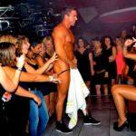 Stripteaseur enterrement de vie de jeune fille Genève Gary