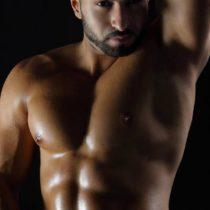 Stripteaseur Lorenzo Bienne