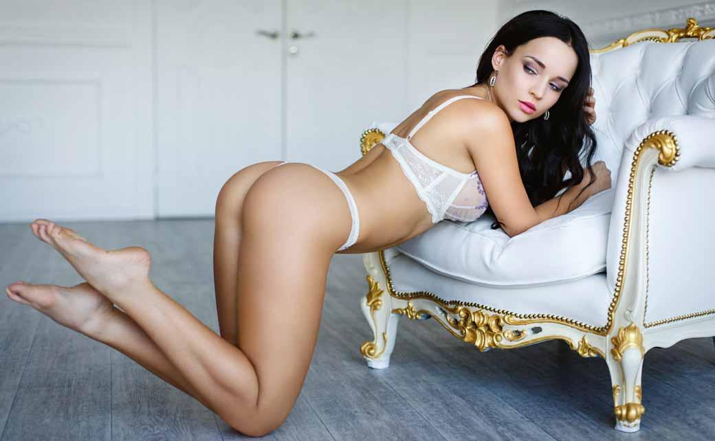 Stripteaseuse Courroux